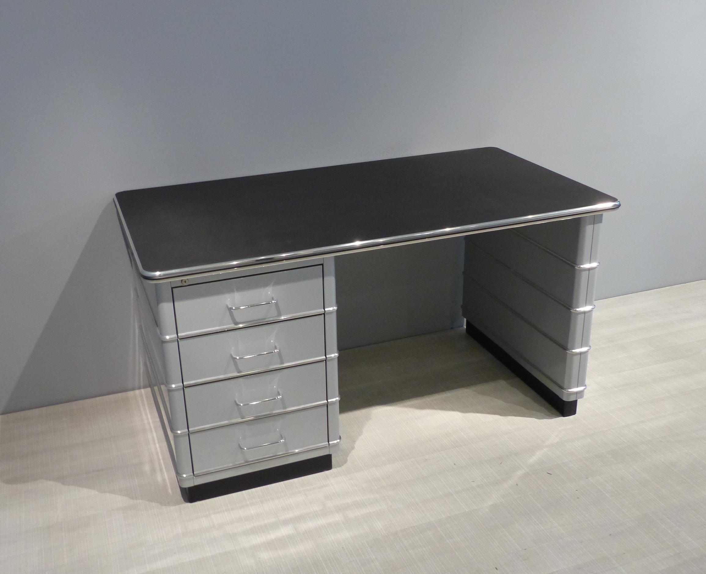 Tb 225 Desk In White Aluminium With Chromed Decorative Trims