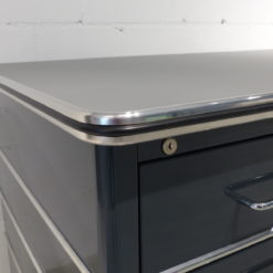 müller Outlet TB225-2 Classic Line Schreibtisch in antthrazitgrau mit Zierleisten