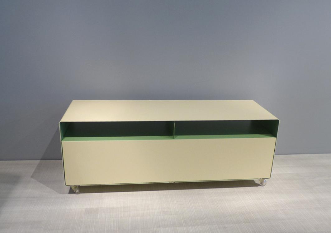 mueller outlet Sideboard R109N auf Rollen hellefenbein und blassgrün