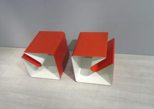 mueller outlet Beistelltisch mit Zeitungsablage V44 rot weiß