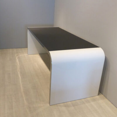 müller metall möbel outlet Highline Schreibtisch weiß mit schwarzer Linoleum Arbeitsfläche