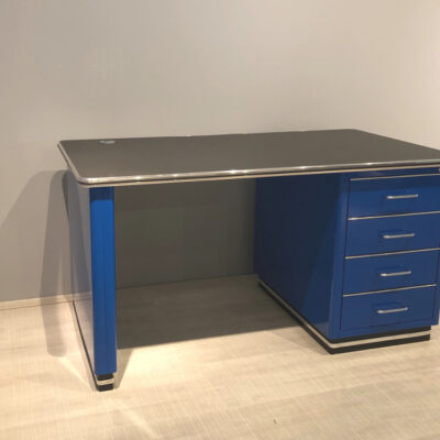 müller Outlet TB224-2 Classic Line Schreibtisch in blau mit schwarzer Linoleum Arbeitsfläche